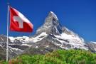 svycarska-vlajka-a-hora-matterhorn-w-1755
