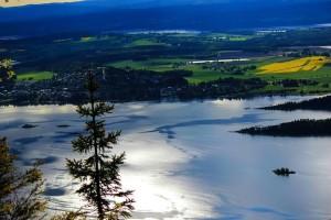 Pohled na Tyrifjorden – 5. největší jezero v Norsku