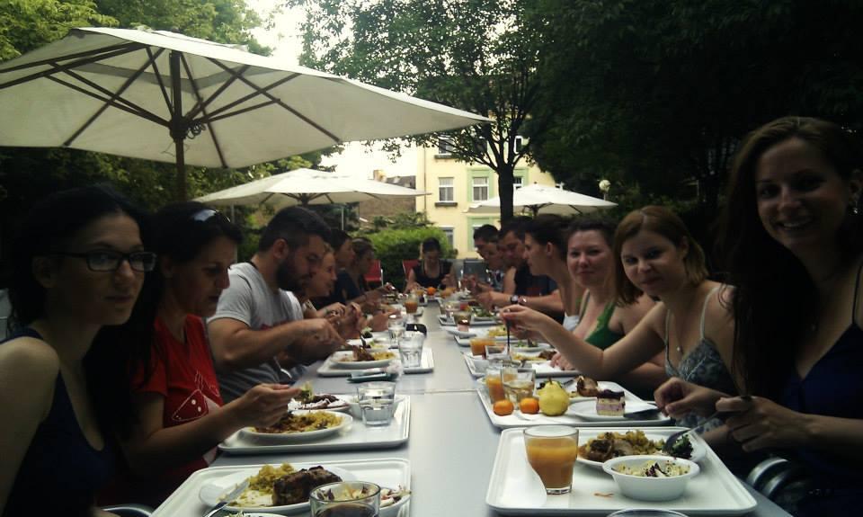 rodinná večeře na školení We 4 EU - What are V4