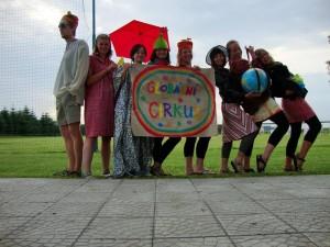 Mladiinfo ČR - S GLENem v JAR -Tým Globální cirkus na začátku kampaně v Morašicích