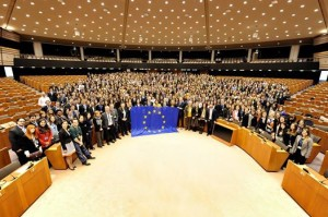 Mých 172 bruselských kolegů z Parlamentu a pár desítek či stovek z ostatních institucí.
