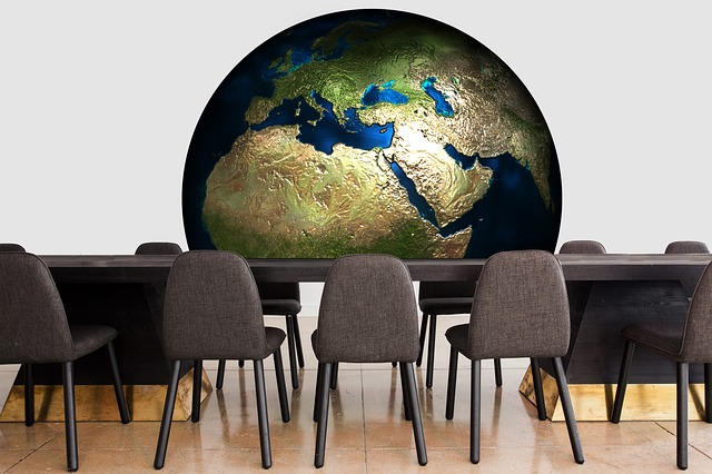 https://pixabay.com/cs/konference-zem%C4%9B-sv%C4%9Bt-gl%C3%B3bus-2110758/