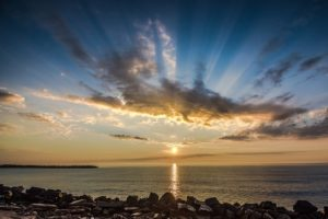 https://pixabay.com/cs/voda-p%C3%ADsek-beach-obloha-p%C5%99%C3%ADroda-3260464/